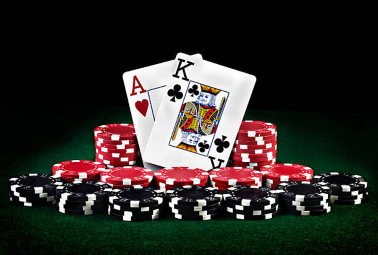 Simple Note on Poker Domino